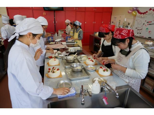クリスマスケーキ教室~バレンタインチョコ教室